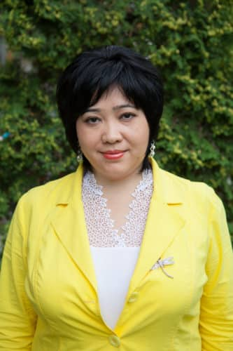 Надежда Юрьевна|Воспитатель средней группы и преподаватель английского языка.